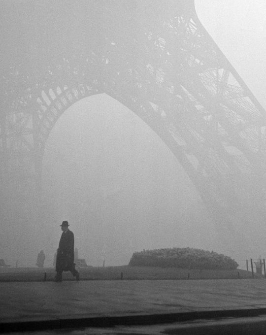 Eiffeltoren, Cas Oorthuys